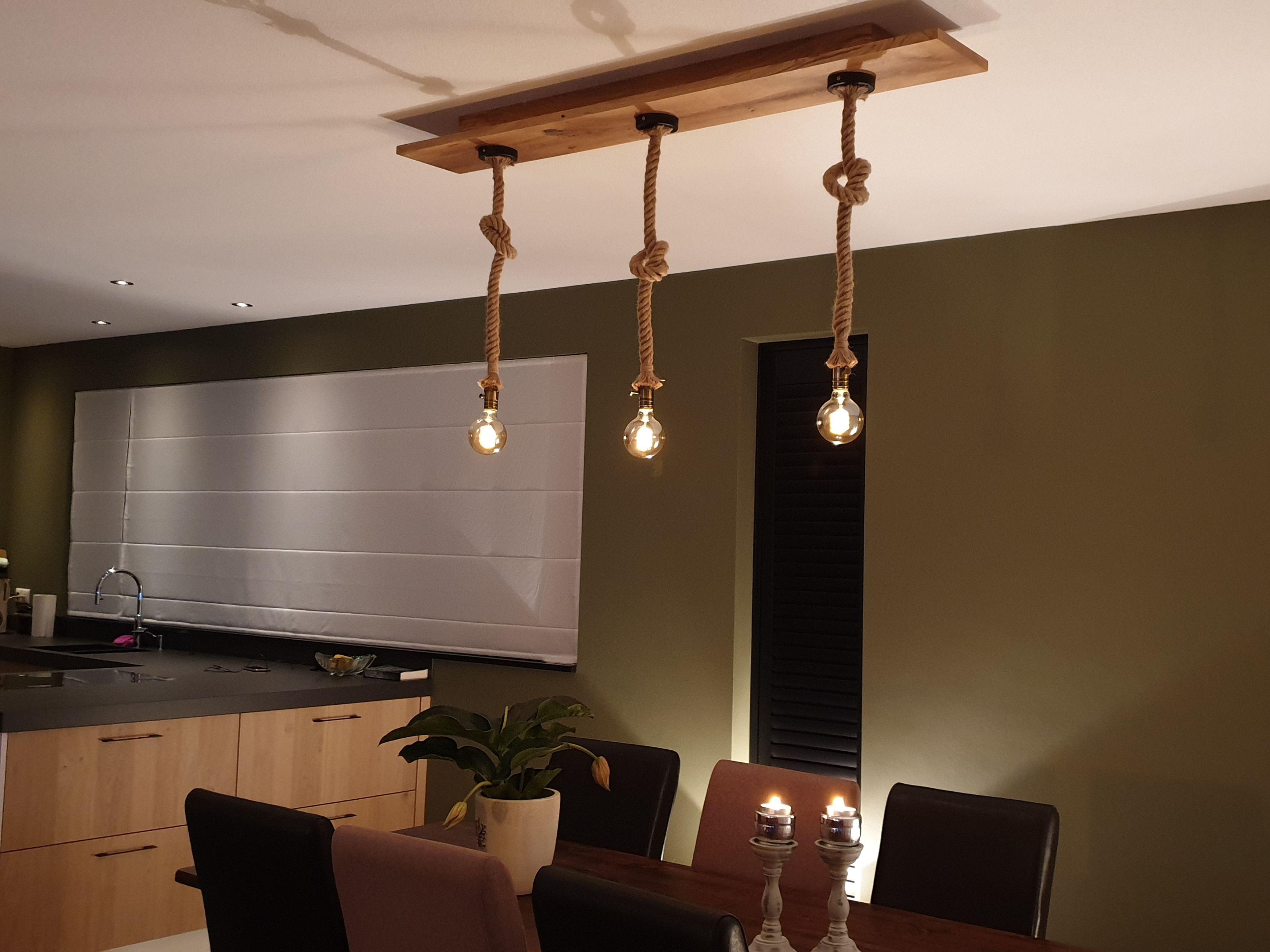 Verwonderend Robuuste lamp van geborsteld eiken WH-05